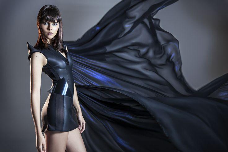 MAISON FINCH - SHOCK  PH - Santiago Quiceno Styling, Hair & Makeup - Julian Pinzón  Model - Julieth Restreo