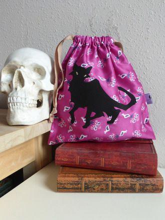 """Trousse en tissu """"Le Chat Noir"""" #trousse #purse #wallet #pouch #tissu #fabric #blackcat #chatnoir #handmade #faitmain #DIY #couture #cousumain #alittlemarket"""
