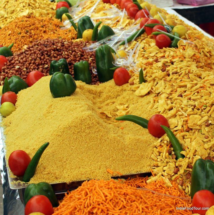 Bhel puri, a popular snack from Maharashtra  http://indiafoodtour.com