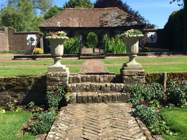 The Maid's Garden at Eastwell Manor, with Gazebo