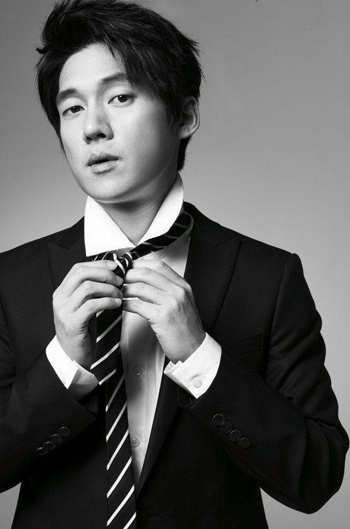"""Song Chang Ui"""""""