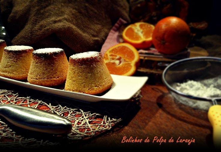 Mais uma sugestão bem docinha, estes bolinhos são deliciosos e muito simples de fazer, ficam amanteigados e com um trago de laranja irresistível. Experimentem e partilhem o resultado.  Receita já disponível no blog: http://cozinharomatica.blogspot.pt/2015/03/bolinhos-de-polpa-de-laranja.html