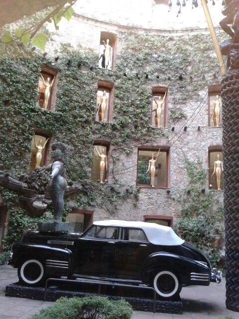 Teatro Museo Dal 237 El Genio Dal 237 Museo Dali Dal 237 Y Teatro