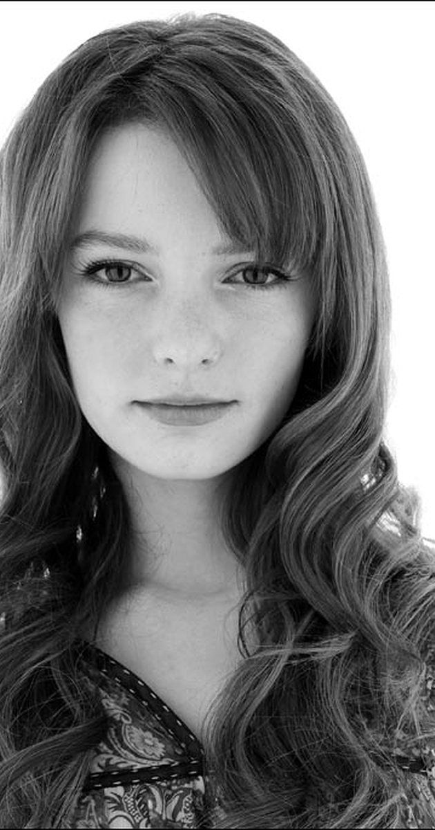 Dakota Blue Richards photos, including production stills, premiere photos and other event photos, publicity photos, behind-the-scenes, and more.