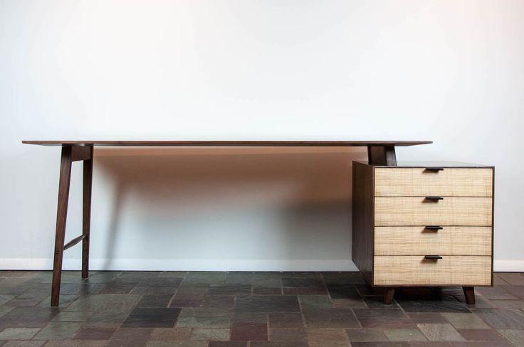 brians-desk-1