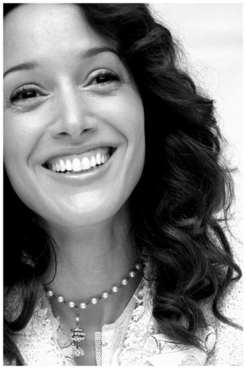 Seriously this beauty gets better with age. The flawless Jennifer Beals.