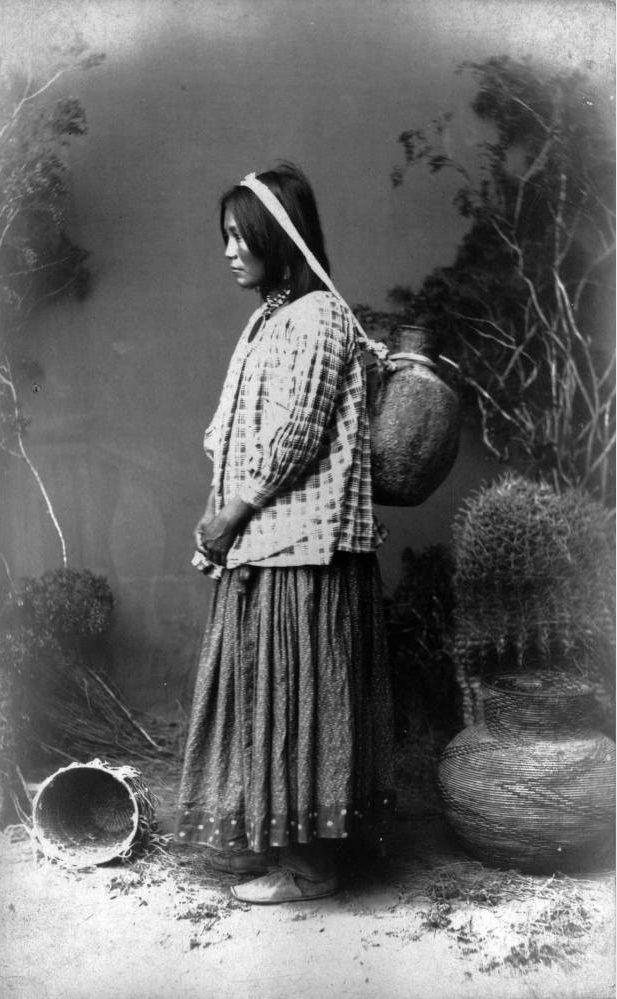 San Carlos Apache woman - Frank A Rinehart - 1883/88