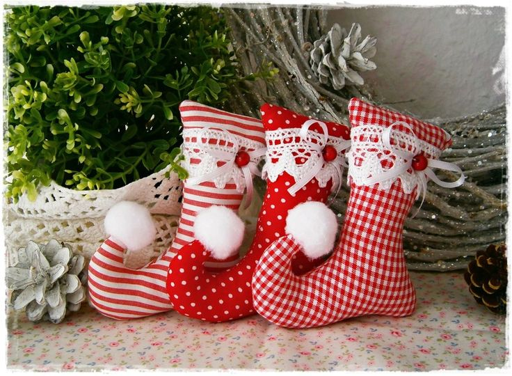 3 Elfenstiefel♥Baumschmuck♥Rot♥Weihnachten von Little Charmingbelle auf DaWanda.com