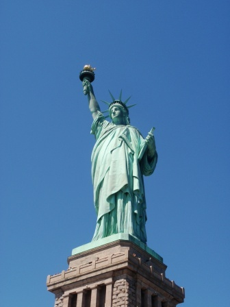 "Statue of Liberty - sing with Irving Berlin's ""Give Me Your Tired, Your Poor"" - more info here - http://singbookswithemily.wordpress.com/2010/06/07/give-me-your-tired-your-poor-a-singable-poem-in-picture-books/"