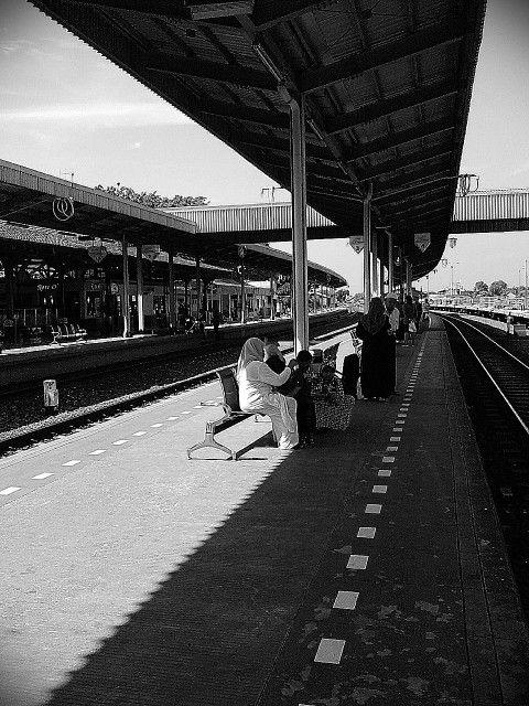 Parujakan station 2015