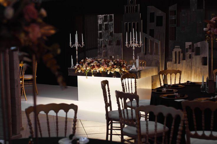 Свадьба, свадебный зал, декор свадьбы, гостевые столы, стол молодых, президиум, свадебная атмосфера, огни большого города, Wedding, wedding hall, wedding decor, guest tables, young table, presidium, wedding atmosphere, lights of the big city