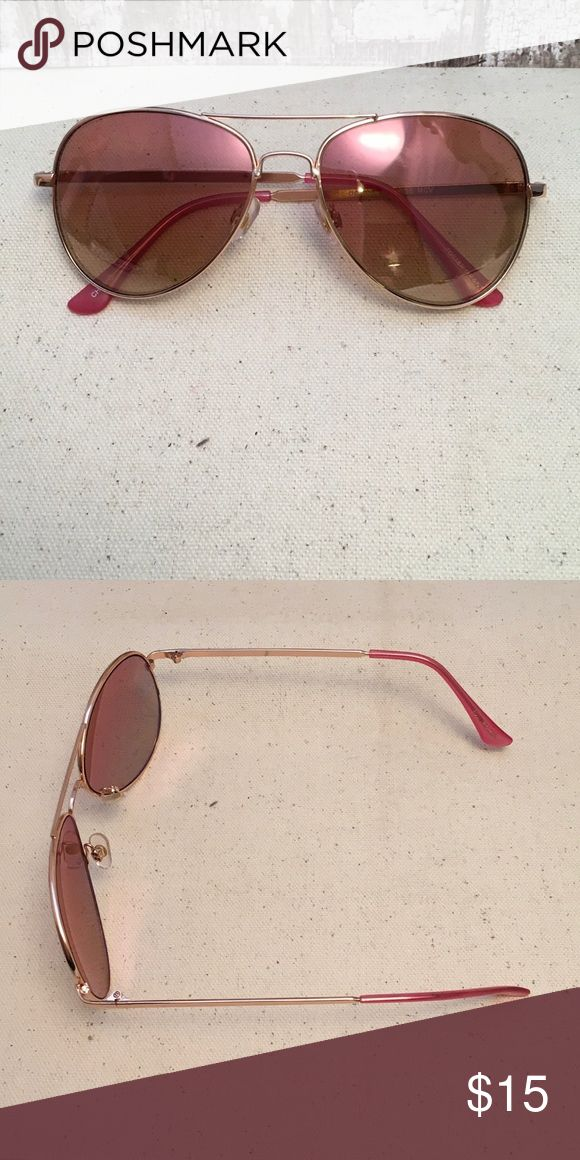 Gorgeous Pink and Rose Gold Aviator Sunnies. NWOT Gorgeous Pink and Rose Gold Aviator Sunnies🌞 NWOT. Never worn. Accessories Glasses