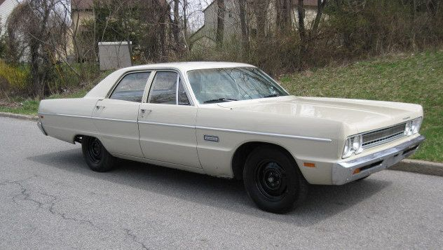 1969 Plymouth Fury 4 door - (Chrysler Corporation, Detroit, Michigan, 1928-present)