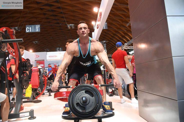 Lorenzo Fea #teamVitaminCenter #RW16 #riminiwellness #fitness #bodybuilding #italia