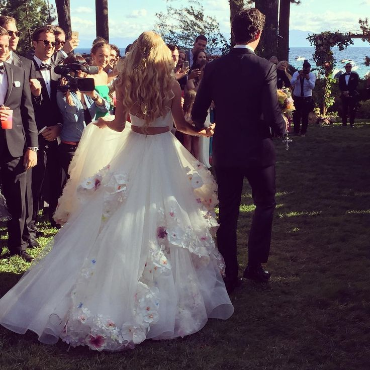 To Die For: Hayley Paige's Wedding Day Gown! (1 Out Of 3