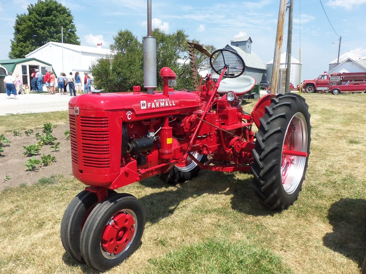 Tractor Pulled Wagon : Images about tractors on pinterest lake tahoe map