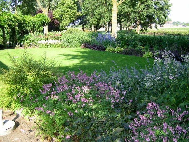 mooie landelijke tuinen   Google zoeken   Projecten om te proberen   Pinterest   Bloemen and Tuin