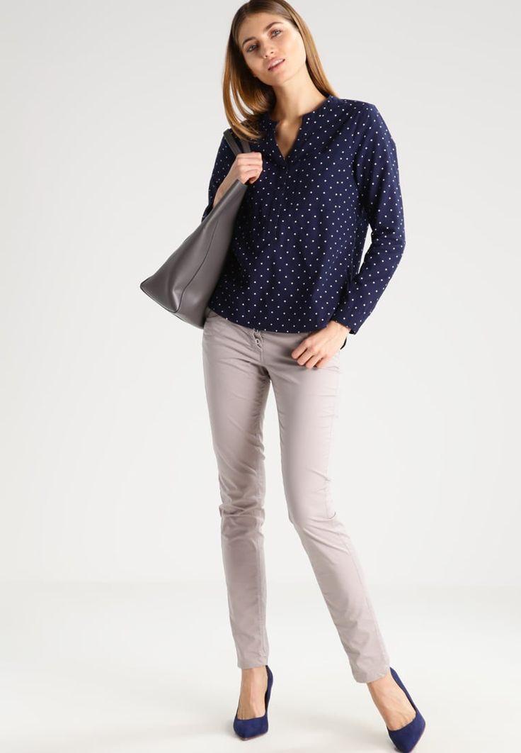 ¡Cómpralo ya!. TOM TAILOR DENIM Blusa real navy blue. TOM TAILOR DENIM Blusa real navy blue Ropa   | Material exterior: 100% algodón | Ropa ¡Haz tu pedido   y disfruta de gastos de enví-o gratuitos! , blusas, blusa, blusón, blusones, blouses, blouse, smock, blouson, peasanttop, blusen, blusas, chemisiers, bluse. Blusas  de mujer color azul marino de Tom tailor denim.