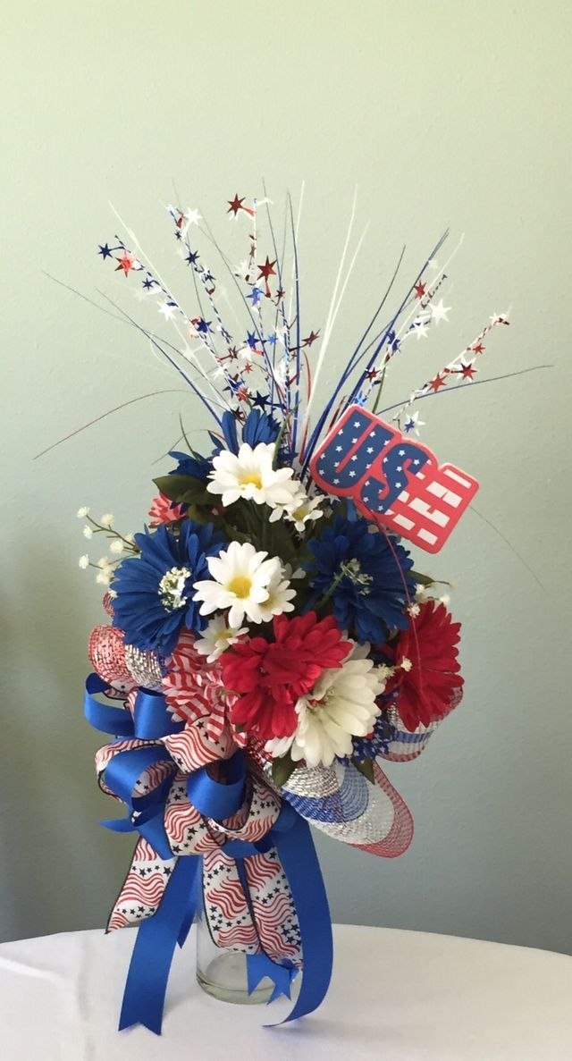 Cemetery vase arrangement for the Independence Day. Custom orders available on my face book page at http://www.facebook.com/LilBitofLagniappe or Etsy shop.