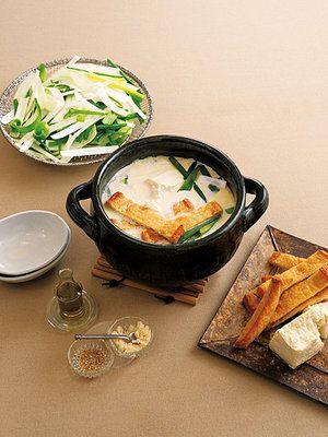 【ELLE a table】豆腐・油揚げ・ねぎの豆乳鍋レシピ|エル・オンライン