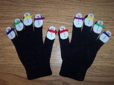Snowman Glove Puppets and Rhyme - Pinned by @PediaStaff – Please visit http://ht.ly/63sNt for all (hundreds of) our pediatric therapy pins