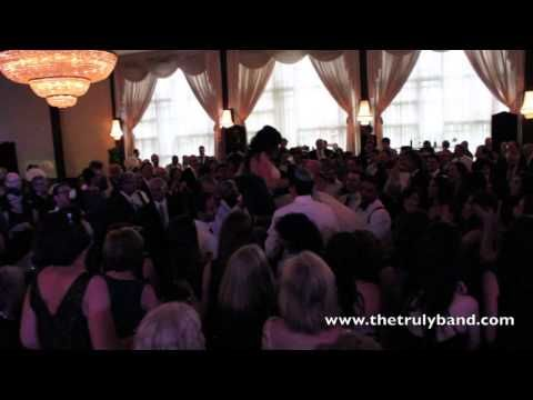 Toronto Jewish Wedding Band - Horah Dance - The Truly Band
