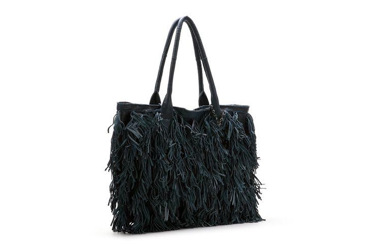 XL bag >> http://www.abbacino.es/en/bags-leather-libis-blue-3411.html