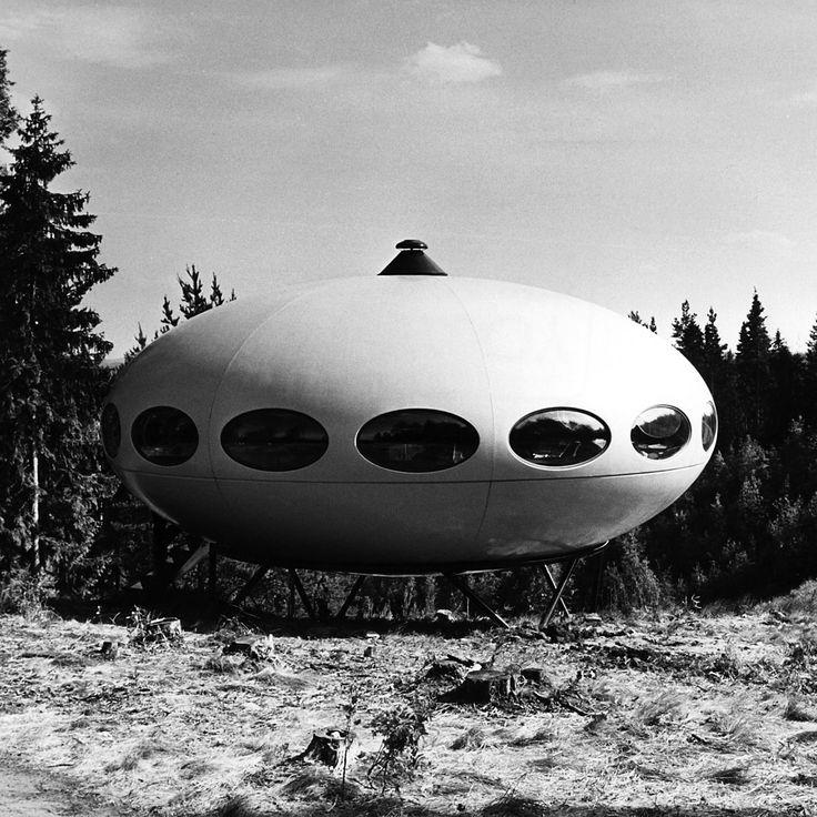 Futuro house - designed by Matti Suuronen, 1968