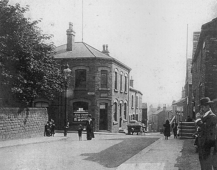 Photo Project - T.E.G Horbury 1900 to 2013 Queen Street