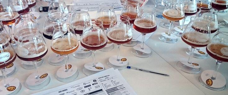 Happy...fun... in love with Italian beers! Έτσι περιέγραψα τα συναισθήματά μου στην απονομή των βραβείων για την Ιταλική Mπίρα της Xρονιάς, Birra dell'Anno 2016, παραδίδοντας το 2o βραβείο στην μικροζυθοποιία Birrificio 4 Mori από την Σαρδηνία.