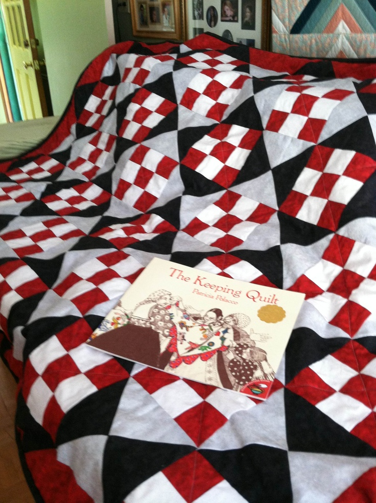 Wedding present!: Quilt Ideas, Book Worth, Gift Ideas, Beautiful Quilt ...