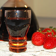 Φράουλα λικέρ - Fraoula liker - Greek Strawberry liqueur