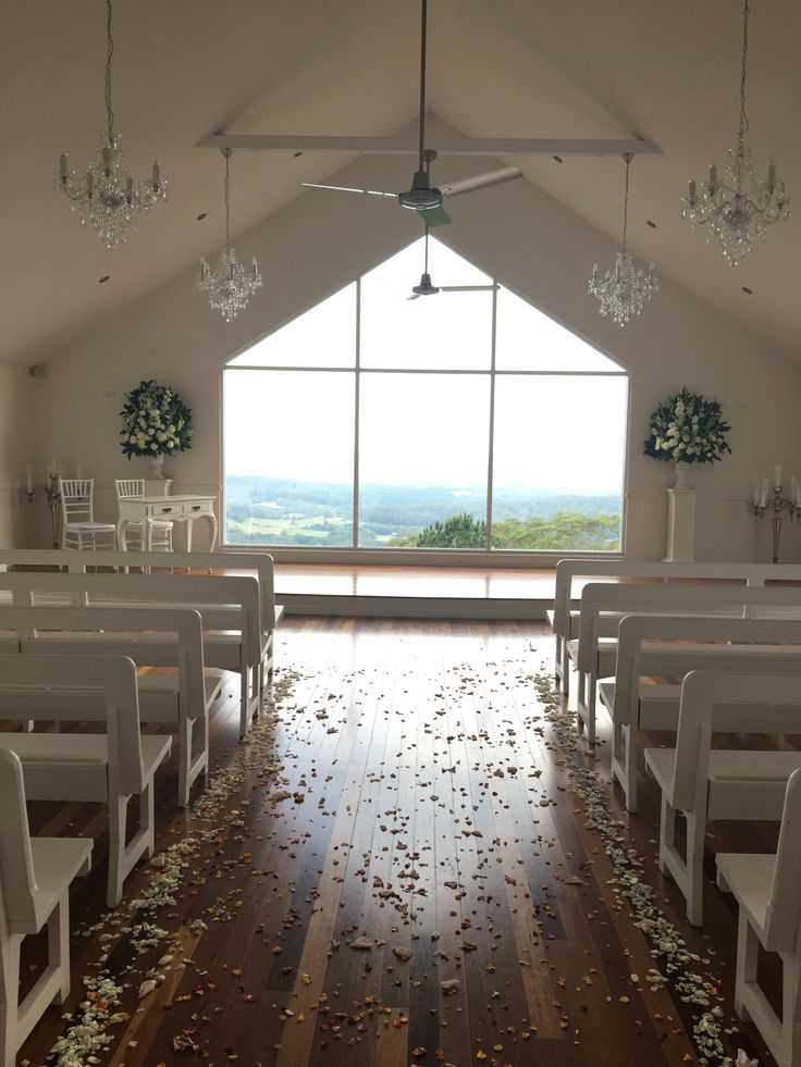 Weddings at Tiffany's Maleny hinterland on the Sunshine Coast Suzanne Riley Marriage Celebrant