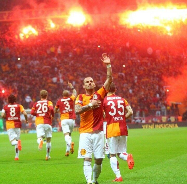Wesley Sneijder 10 Galatasaray