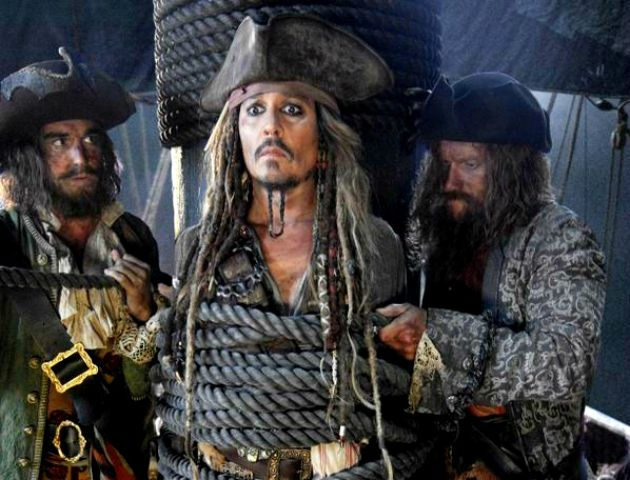 Jerry Bruckheimer divulga fotos dos bastidores de Piratas do Caribe 5