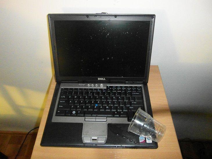 zalany laptop warszawa -zalana klawiatura warszawa