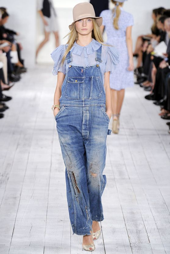 【サロペット】 I really want some more overalls. But they have to be spot on! Can't half-ass on this one or it'll just be wrong... #サロペ #オーバーオール #fashion #ファッション #womens #ladies #レディース #OOTD #style #outfit #outfits #coordinate #コーディネート #コーデ #ponte #ponte_fashion #spring #春 #summer #夏