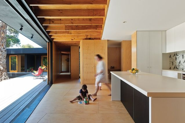 Love the sliders in the Karri Loop House from Arcitecture AU. It opens up the kitchen to the outside seamlessly.