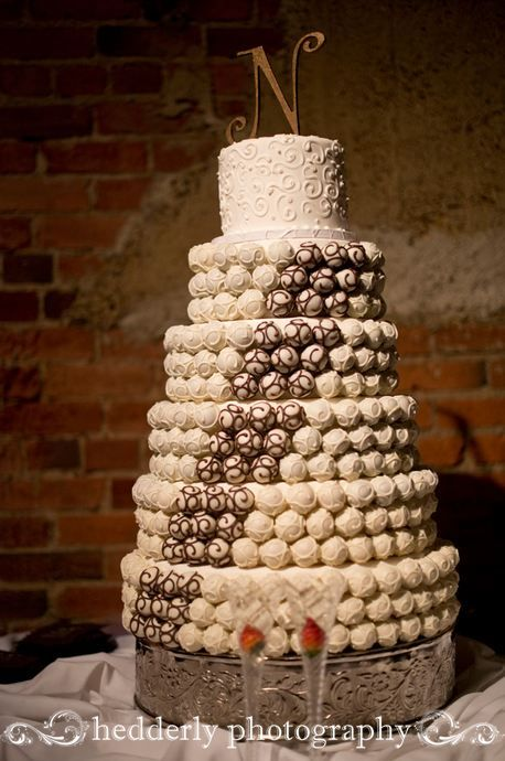 6 tier Cake Bites Cake for a fabulous winter wedding! #weddings #cakeballs #cake