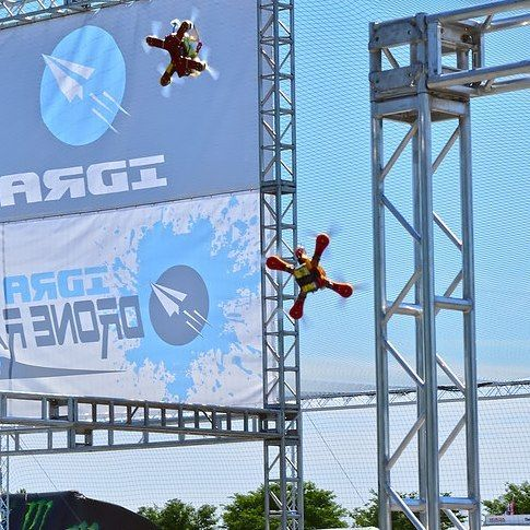 Neck and neck into the Final Gate at Dover Internationals, first race of the 2017 Drone Racing Series! @monstermile (Photo cred by @hawkx.fpv)  #droneracing #IDRA #DroneRacingSeries #fpvracing #drones #racing #quaddiction #esports #sports #Dover #DoverInternationalSpeedway #MonsterMile #fpv #nascar #worldchampionship #foxeer #dalprop #liftoff #thinktank #hobbico #gemfan #frsky #tmotor #seemecnc #amazonprime #amazonvideo #dailymotion #runcam #raceflight