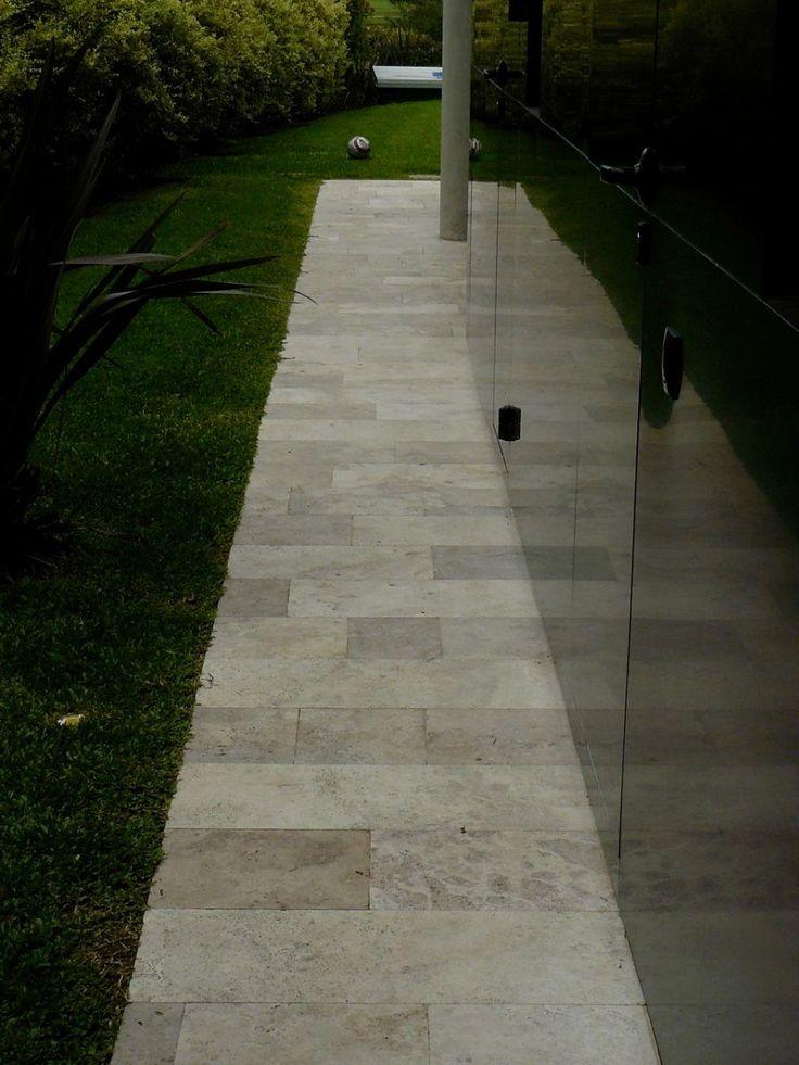12 best exterior pisos images on pinterest exterior for Marmol travertino rustico