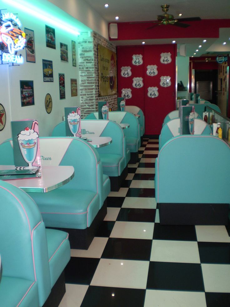 jadeygarf182: An American diner, Paris. | Ultimate Dining | Pinterest |  Diners, Retro and Cafes