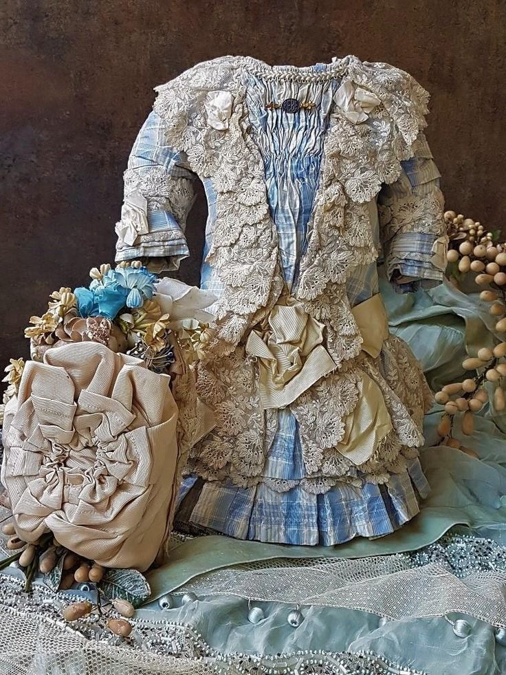 An very beautiful most hand sewn one of a kind couture costume for French or German doll about around 22 ( 55 / 56 cm )  of rare cream and blue