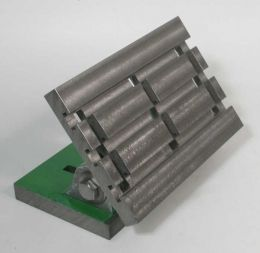 Tilting Angle Plate - Homemade tilting angle plate machined from a pair of commercially obtained castings.