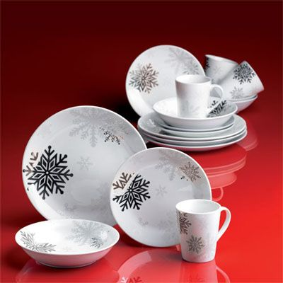 white and silver christmas dishes & 190 best Christmas Dinnerware images on Pinterest | Christmas ...