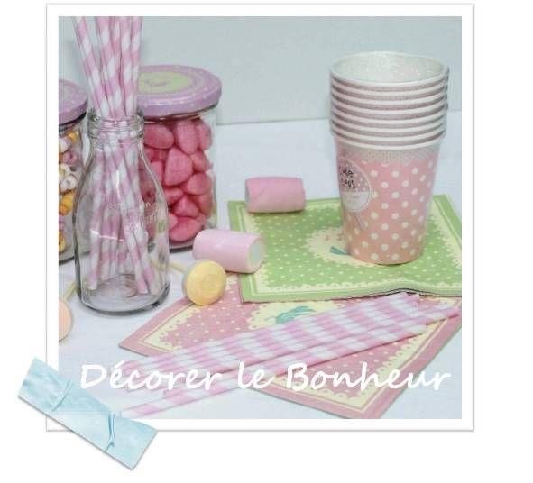 Deco: pot bonbons / paille / gobelet / serviettes sweet
