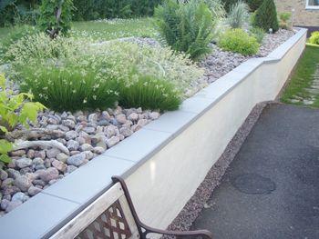 Trädgårdssidor - Bygg en stödmur själv