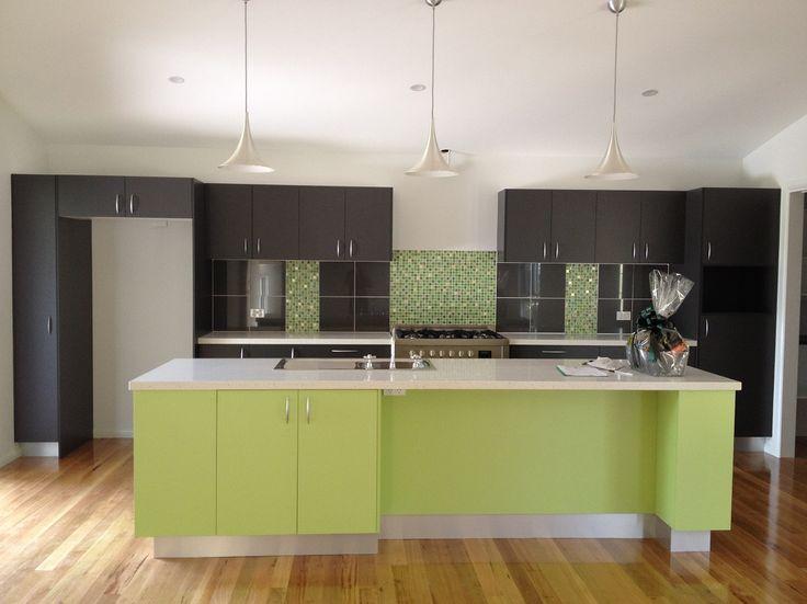 Beautiful kitchen with a pop of colour   Tru-Built Builders Queensland