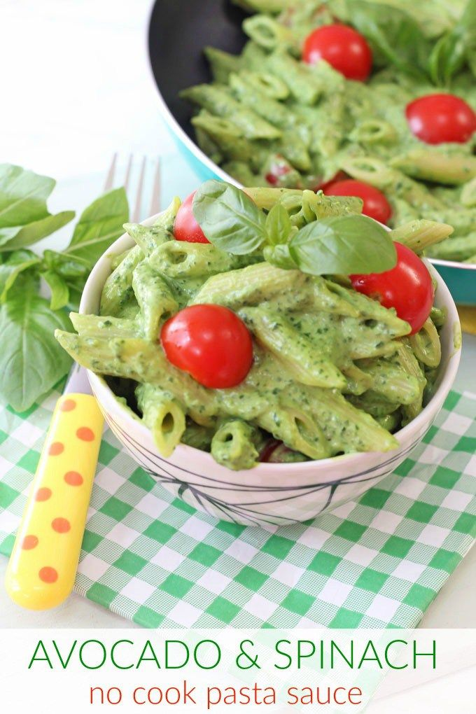 A quick and easy recipe perfect for picky eaters; Creamy Avocado & Spinach Pasta with a no-cook sauce!