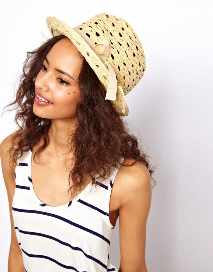 €12, Sombrero de Paja Beige de Asos. De Asos. Detalles: https://lookastic.com/women/shop_items/240126/redirect